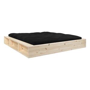 Dvoulůžková postel z masivního dřeva s úložným prostorem a černým futonem Comfort Karup Design, 160x200cm
